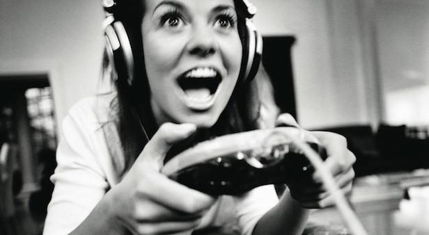 woman-gamer_616